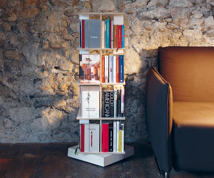 nils holger moormann buchstabler wohnidee. Black Bedroom Furniture Sets. Home Design Ideas