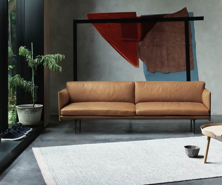 das outline sofa verspricht gem tliche momente und nordisches design. Black Bedroom Furniture Sets. Home Design Ideas